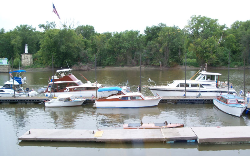 Quincy-IL-on-Mississippi-River