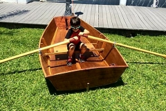 learning-to-row-at-Kids-Build-a-Boat